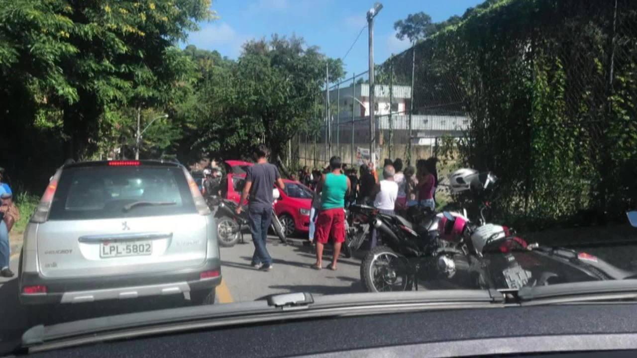 Confronto termina com dois mortos e jovem baleada em Niterói, no Rio