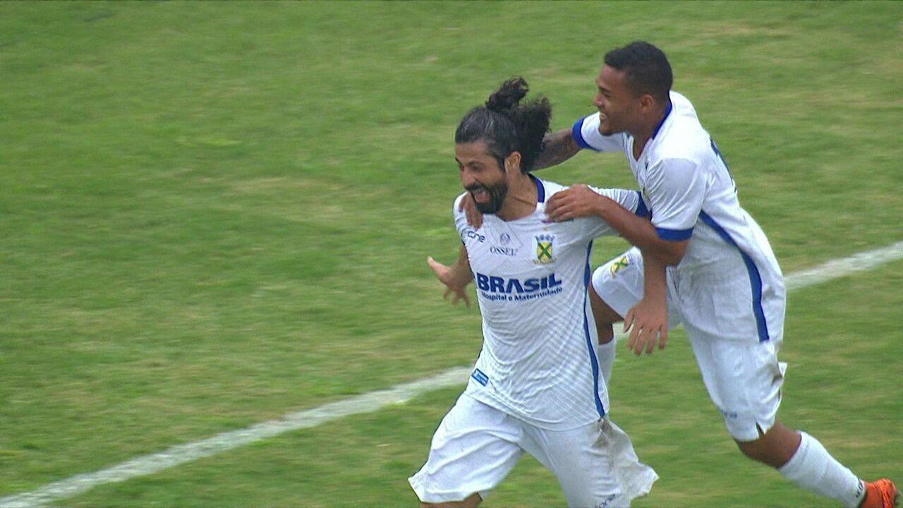 Cristian fez um dos gols na vitória do Santo André por 2 a 0 na ida da semifinal com o Água Santa