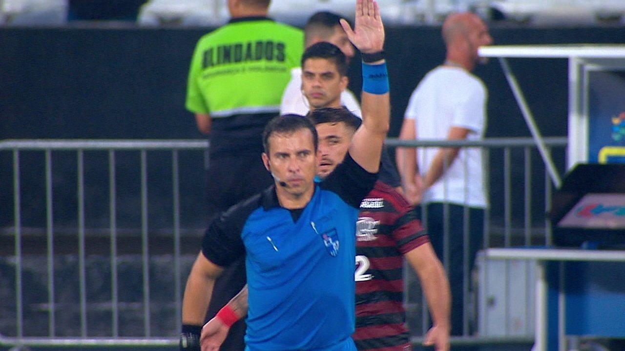 Anulado! Bruno Henrique marca, mas VAR aponta impedimento aos 25 do 2º tempo