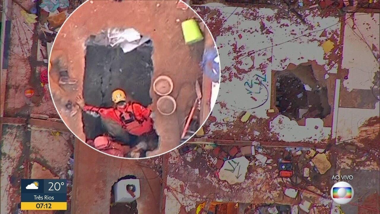 Equipes de resgate dos Bombeiros trabalham há 72 horas em busca de sobreviventes na Muzema