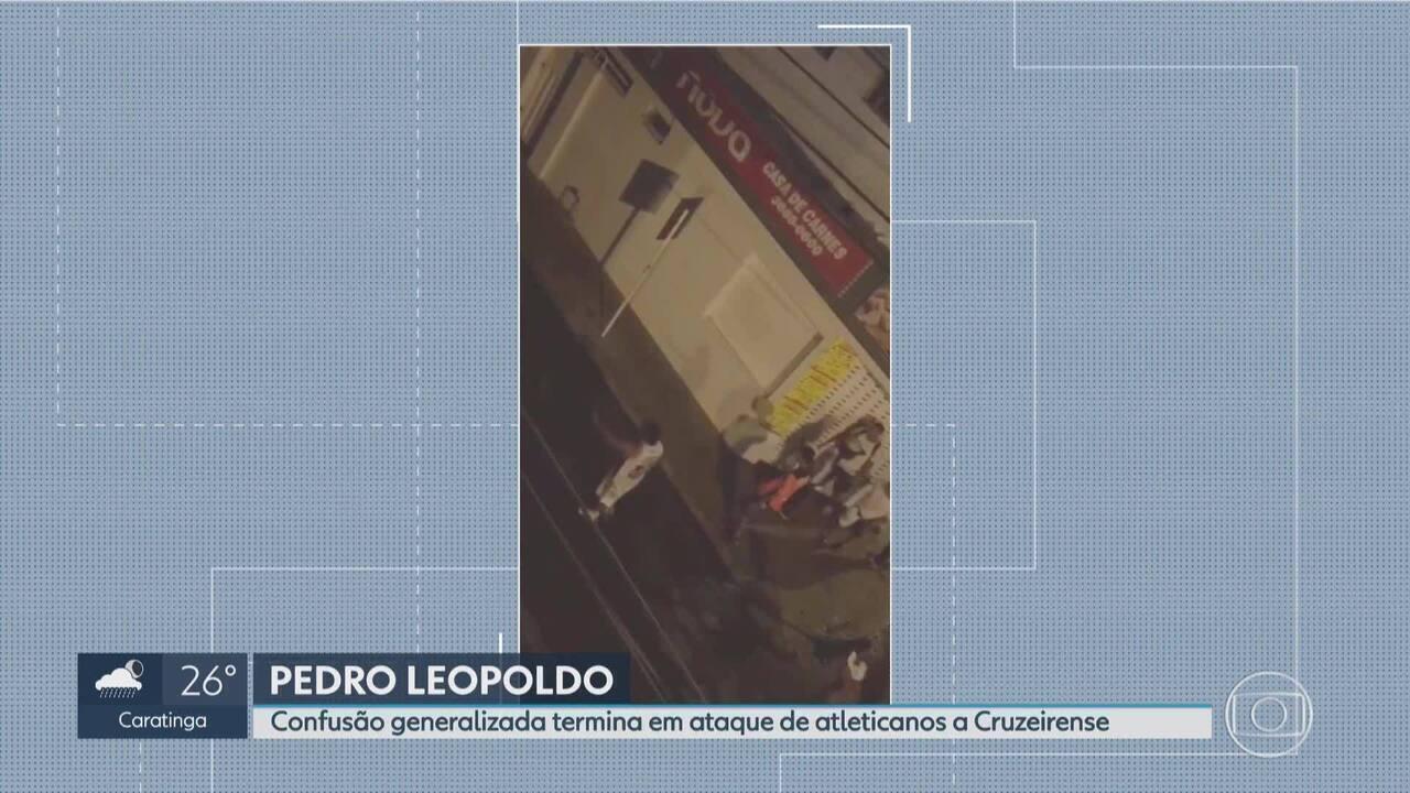 Atleticanos atacam cruzeirense no centro de Pedro Leopoldo. na Grande BH