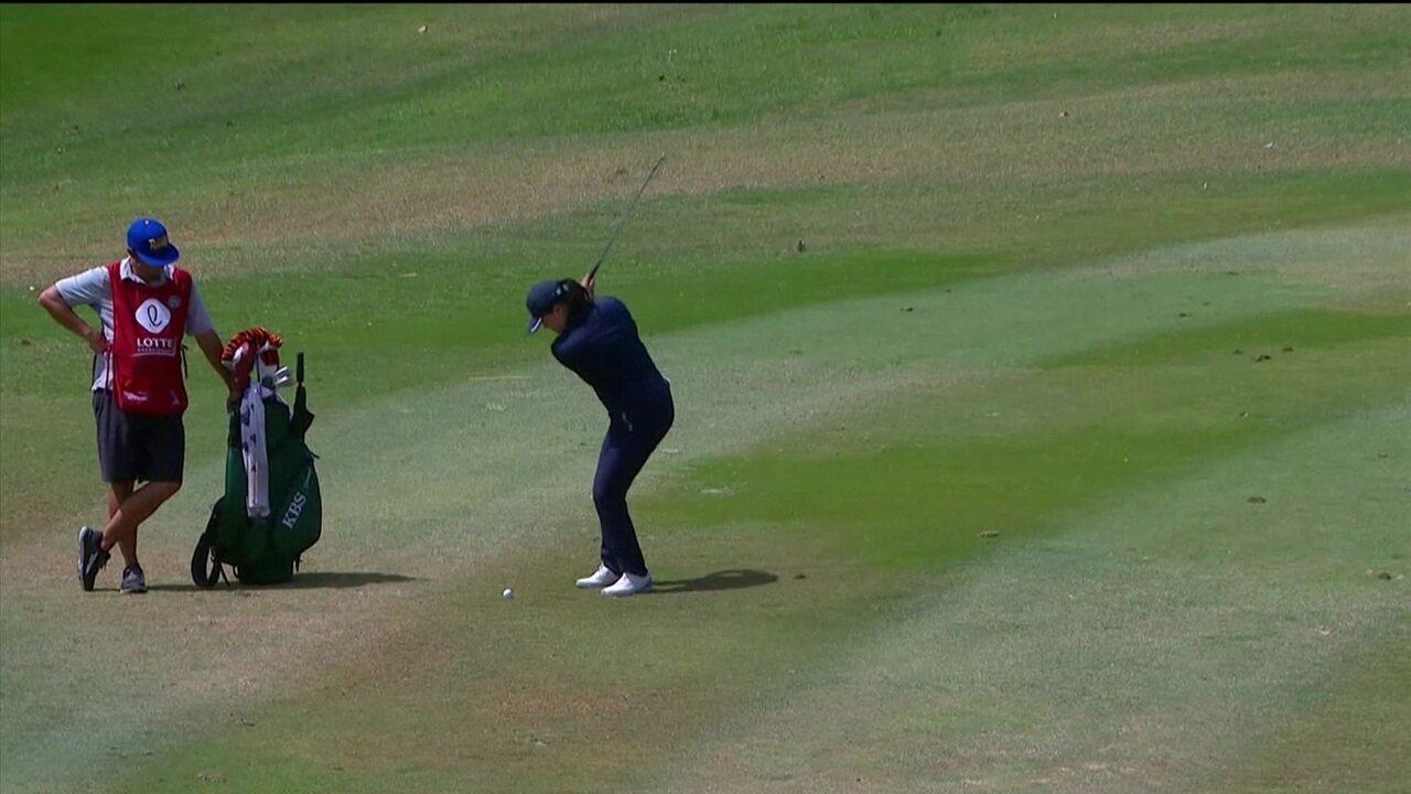 Golfista consegue jogada incrível em torneio no Havaí