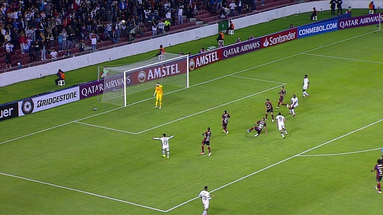 Melhores momentos de LDU 2 x 1 Flamengo pela Taça Libertadores