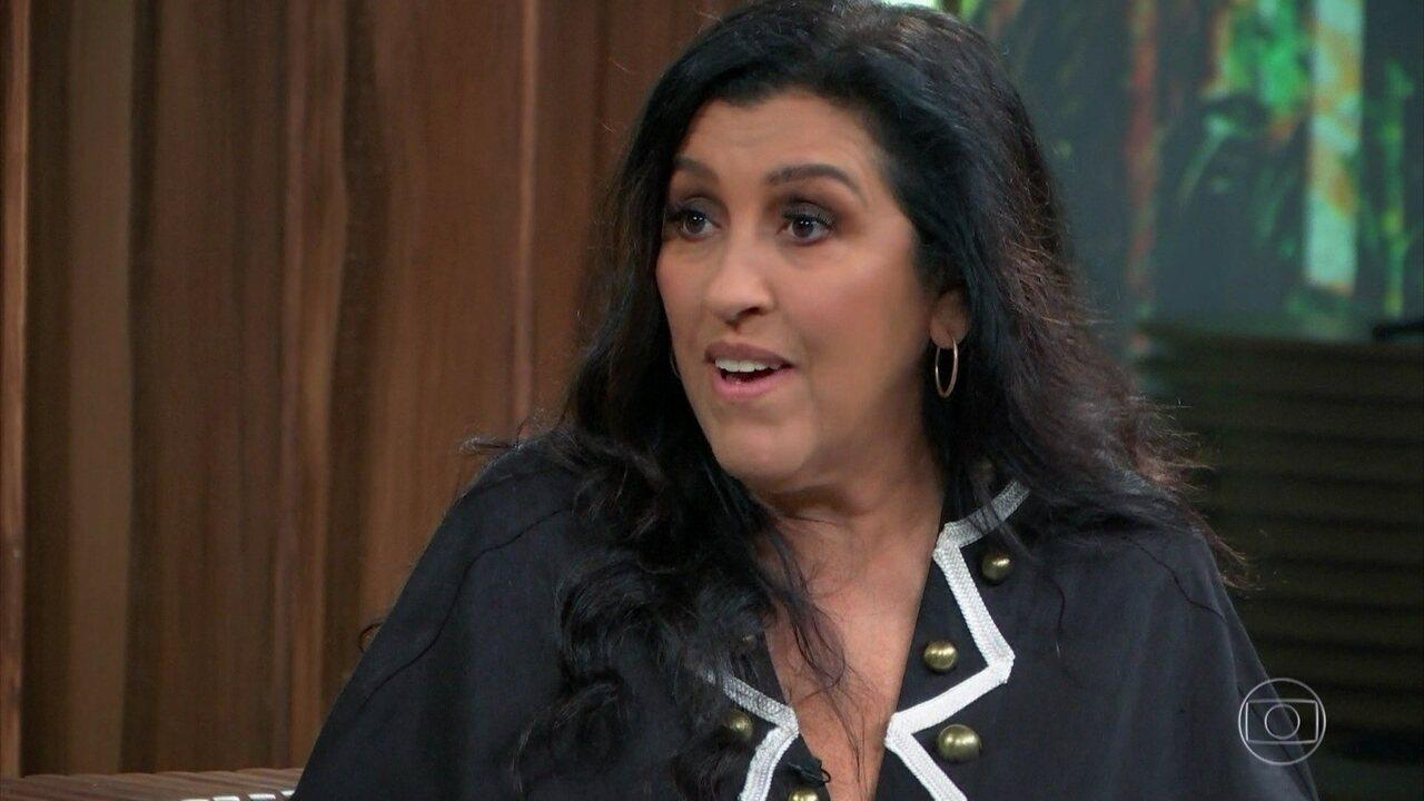 Regina Casé conta que foi vítima de preconceito em loja nos Estados Unidos
