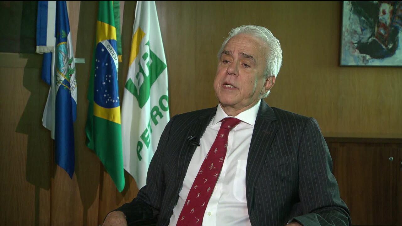 Petrobras anuncia plano de venda de oito refinarias