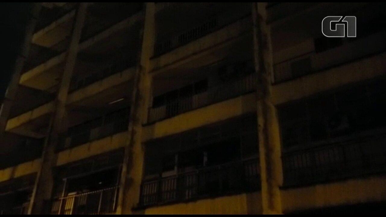 Após chuva forte, Hospital Albert Schweitzer, em Realengo, fica às escuras