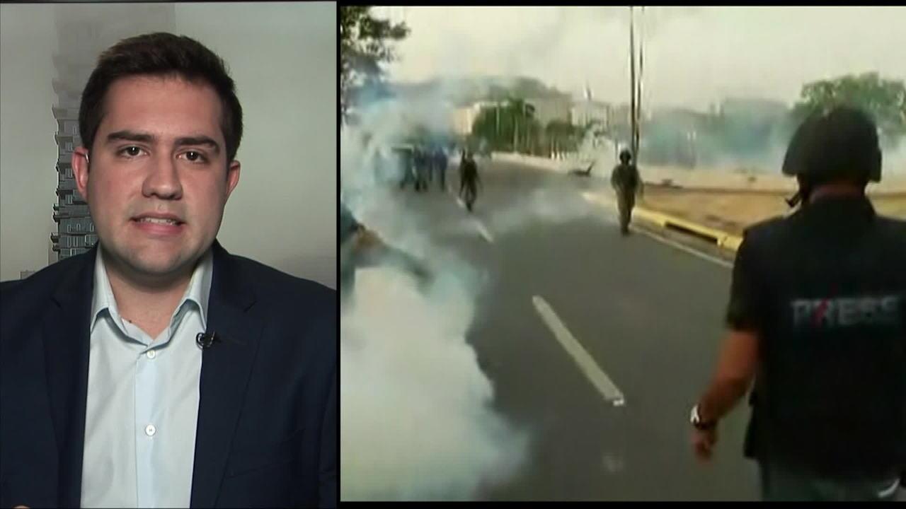 Líderes da oposição convocam movimento para derrubar governo Maduro