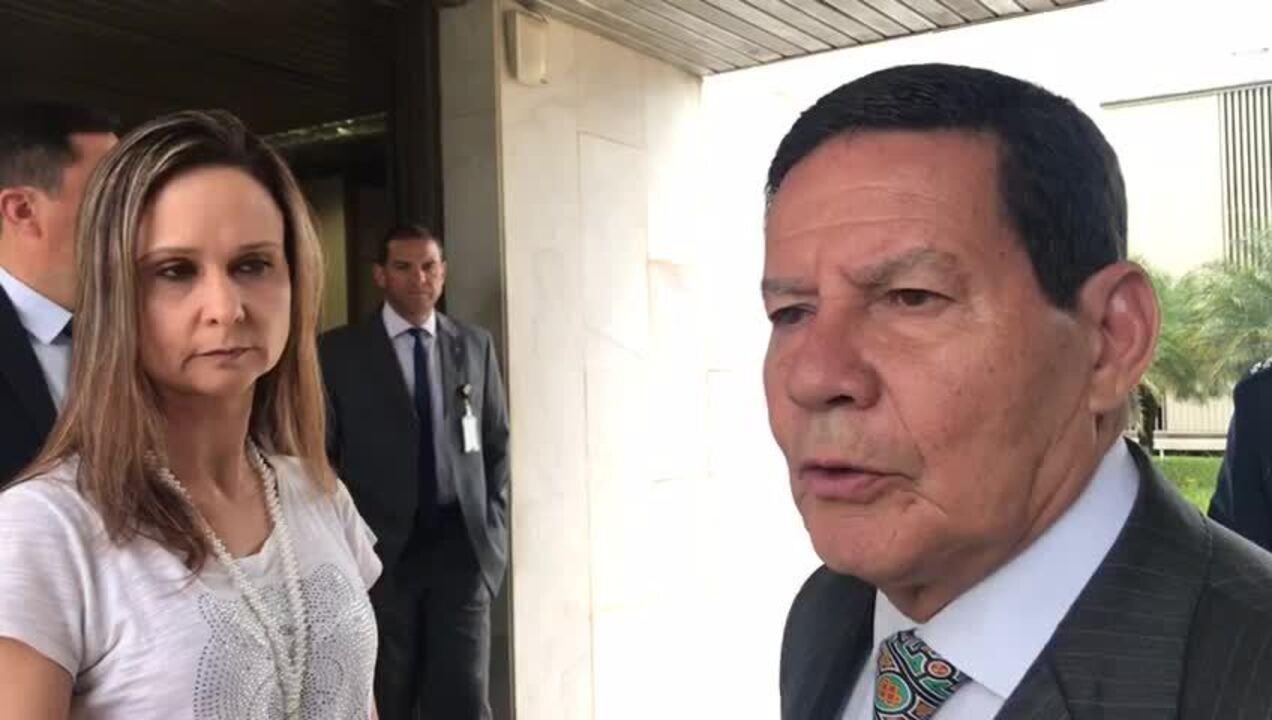 Vice Mourão fala sobre Venezuela: ou Guaidó é preso ou Maduro vai embora