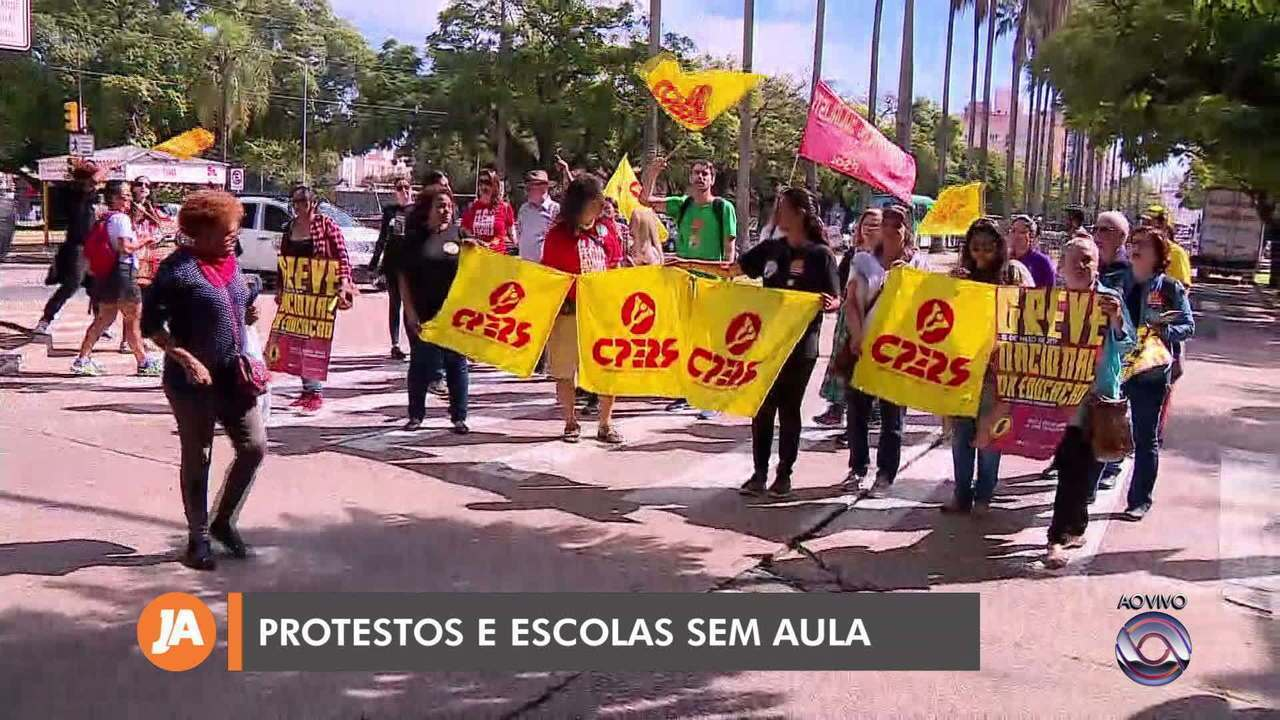 Professores estaduais do Rio Grande do Sul fazem paralisação nesta quinta-feira (2)