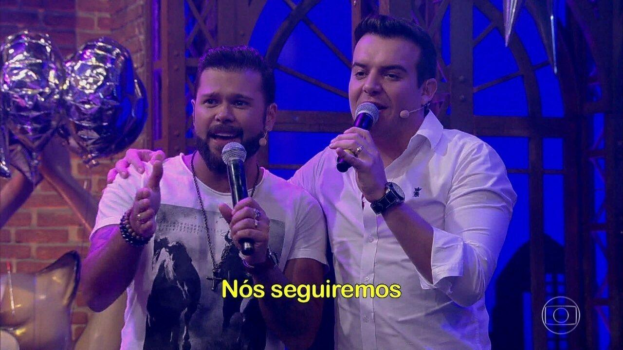 Marcos & Belutti cantam com Tatá