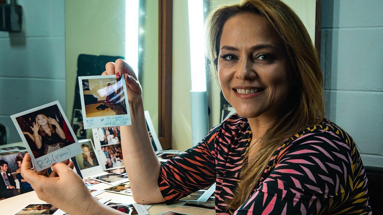 Vivianne Pasmanter revê fotos dos bastidores de 'Por Amor'