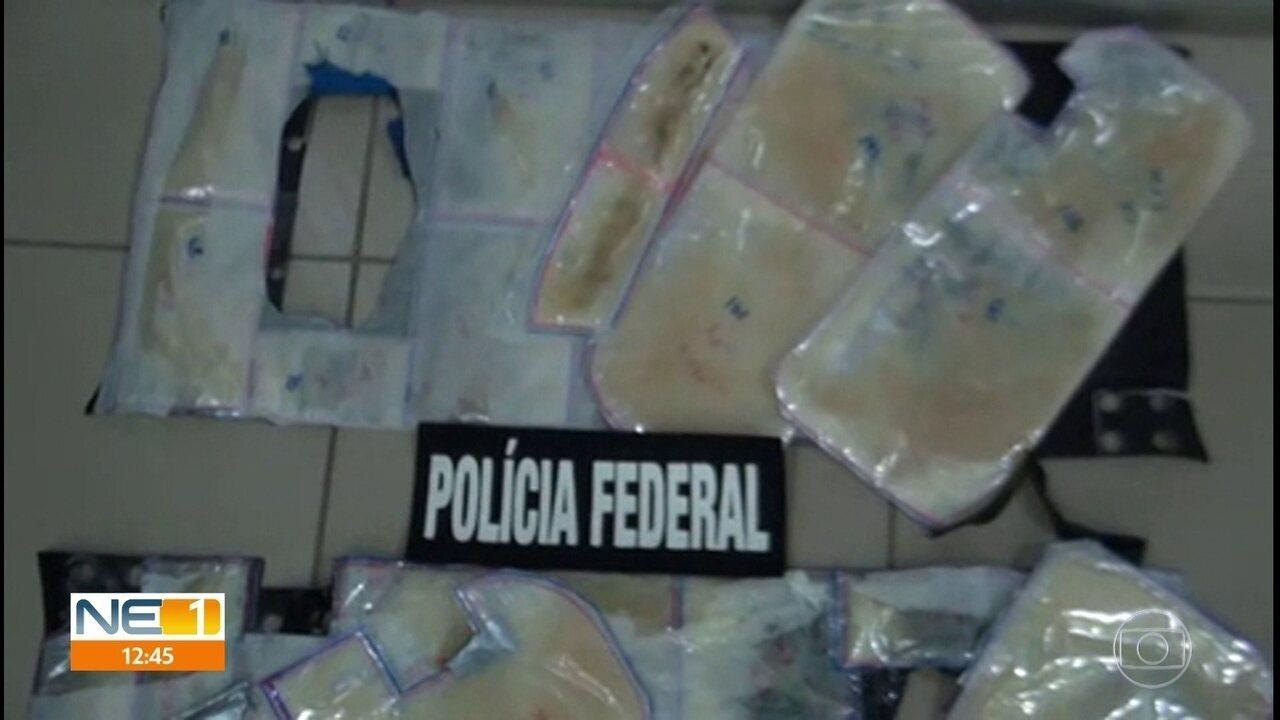 Venezuelanas são presas com 6 quilos de cocaína líquida