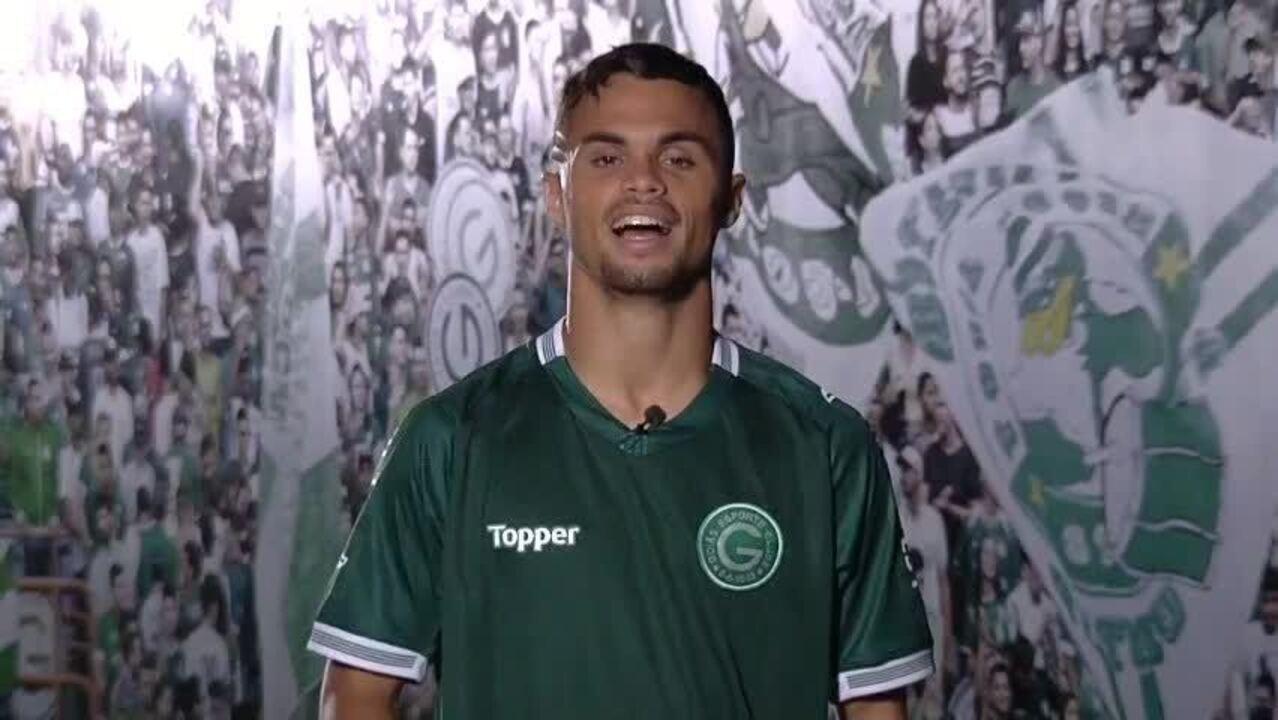 Michael, do Goiás, pede escalação no Cartola