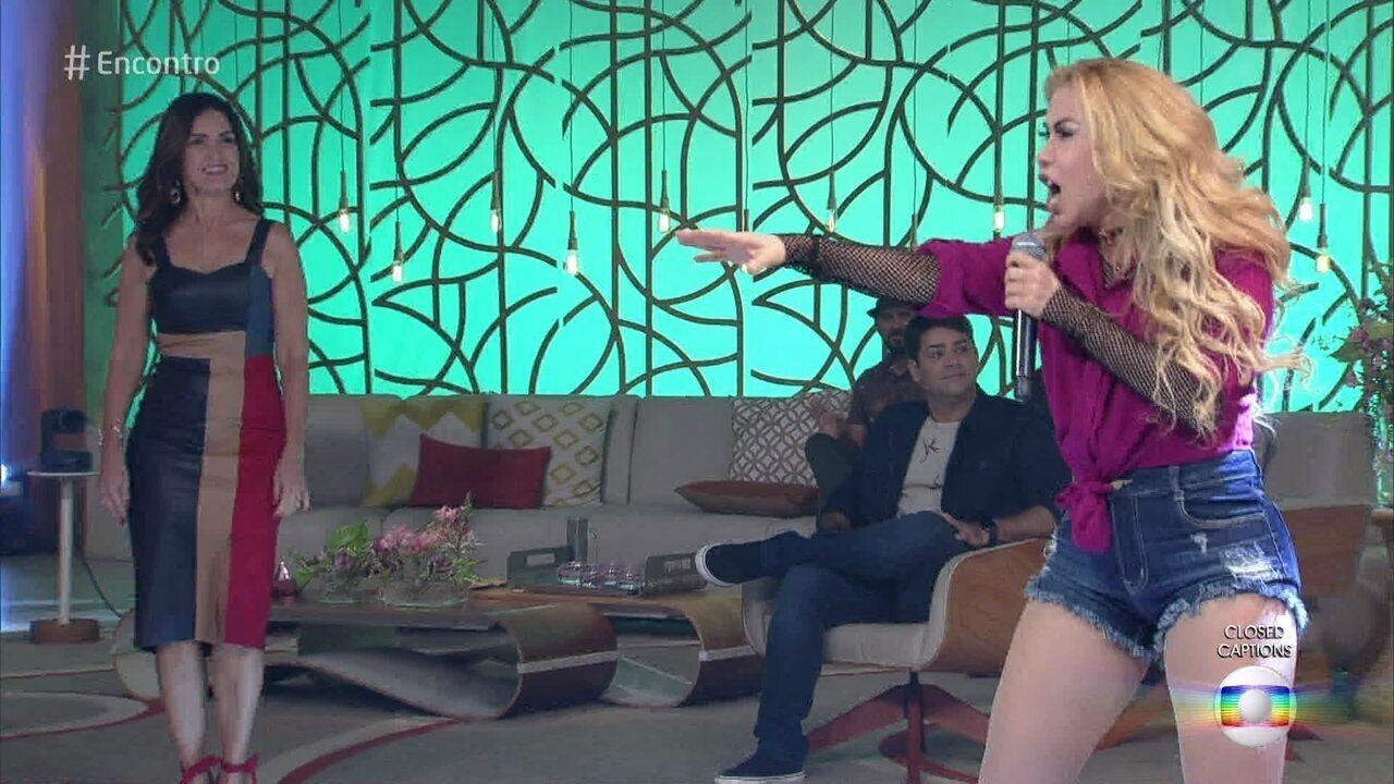 Joelma canta 'Voando Pro Pará'