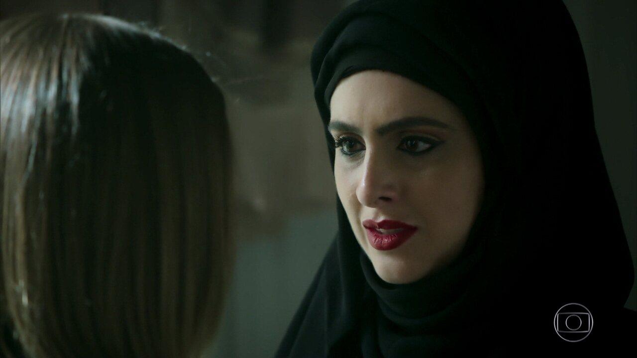 Fairouz implora para que Dalila desista de sua vingança contra Laila e Jamil