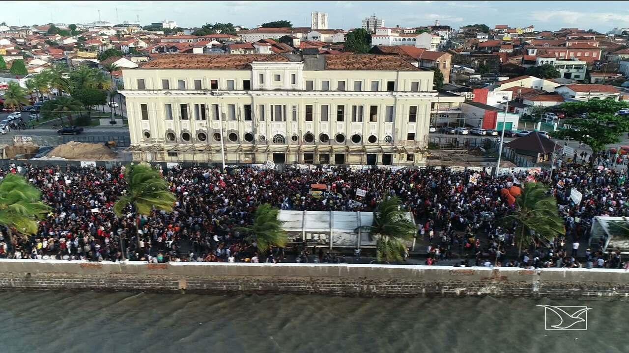 Manifestações contra cortes de verbas para a educação são realizados em todo o Maranhão