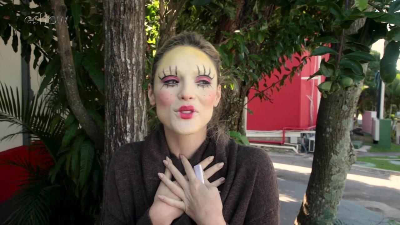 Isabelle Drummond se caracteriza novamente como Emília; assista ao vídeo