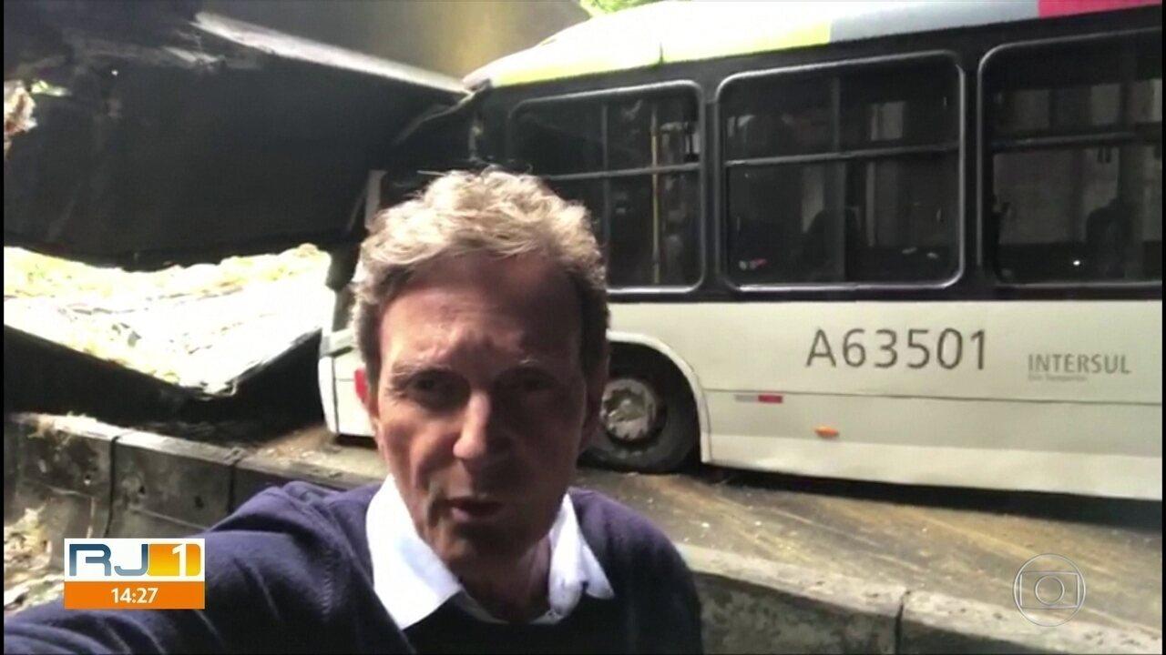 Em vídeo, Marcelo Crivella pede que funcionários públicos encerrem trabalho mais cedo