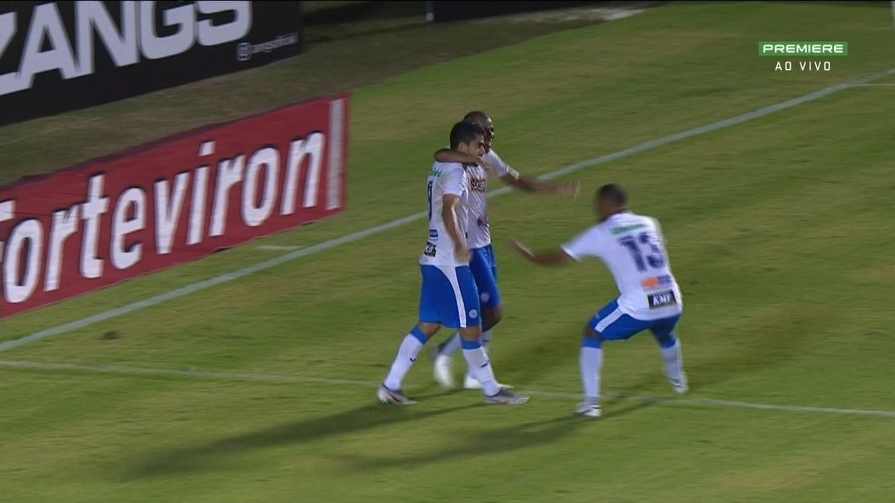 Régis fez gol e de uma assistência em triunfo do São Bento sobre o Vitória pela Série B