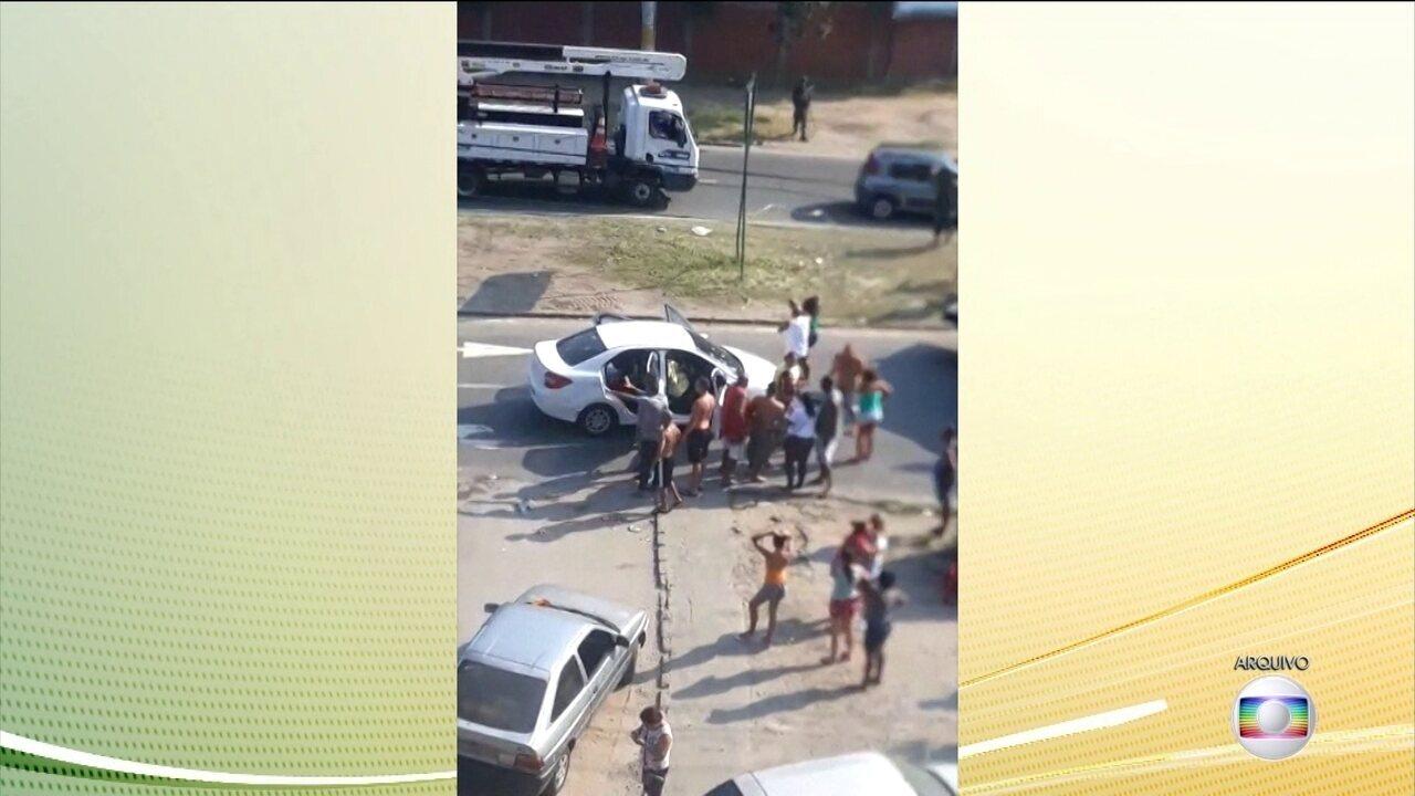 Justiça Militar faz 1º audiência do caso em que homens do Exército fuzilaram carro no Rio