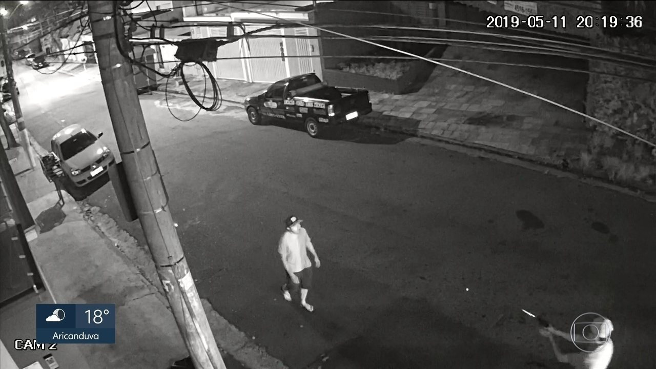 Suspeito de matar morador de rua é procurado