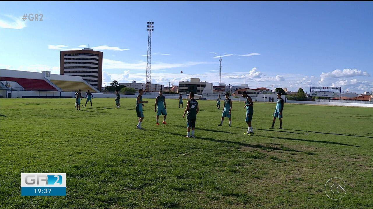 O novo time do Sub-20 do Petrolina já começou a treinar