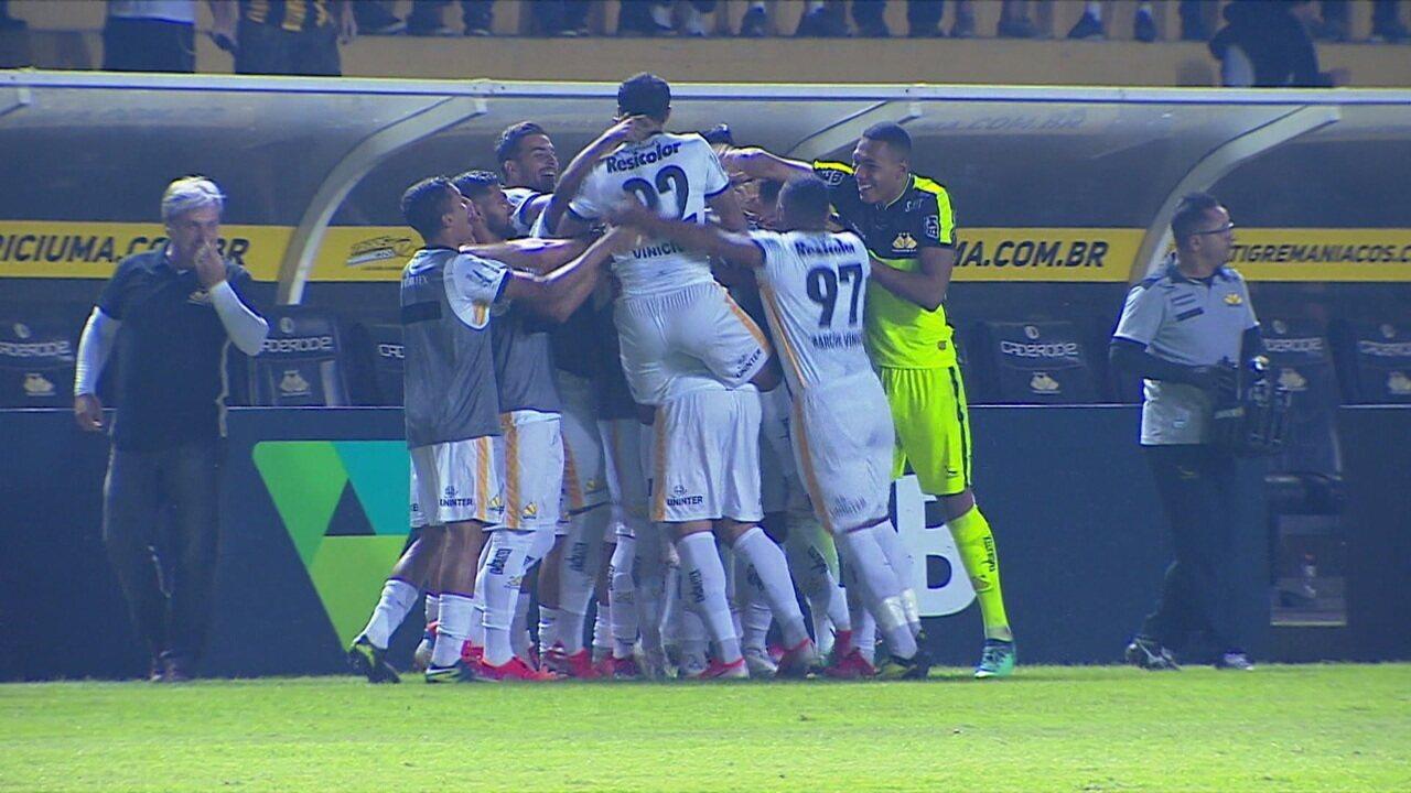 O gol de Criciúma 1 x 0 Guarani pelo Campeonato Brasileiro da Série B