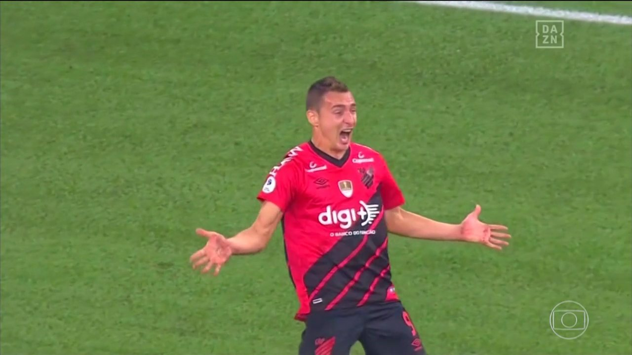 Veja o gol de Marco Ruben, na vitória do Athletico 1 x 0 River Plate, pela Recopa