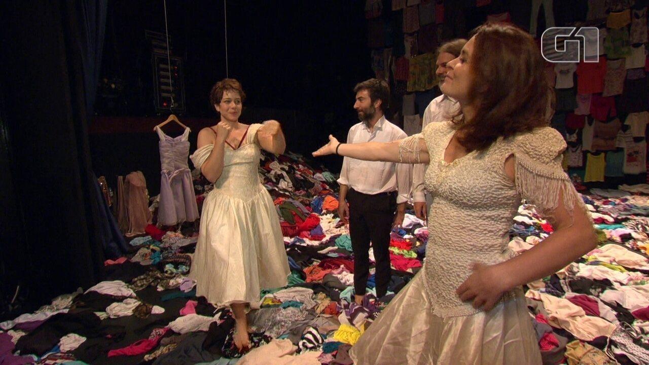 Peça com Leandra Leal e Cláudia Abreu marca reabertura de teatro na Glória