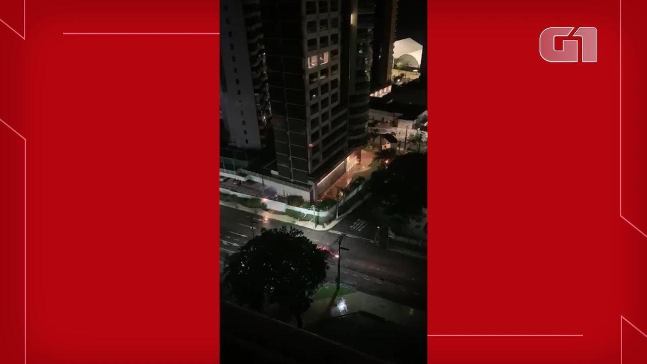 Prédio em área nobre de Fortaleza tem princípio de incêndio após curto-circuito