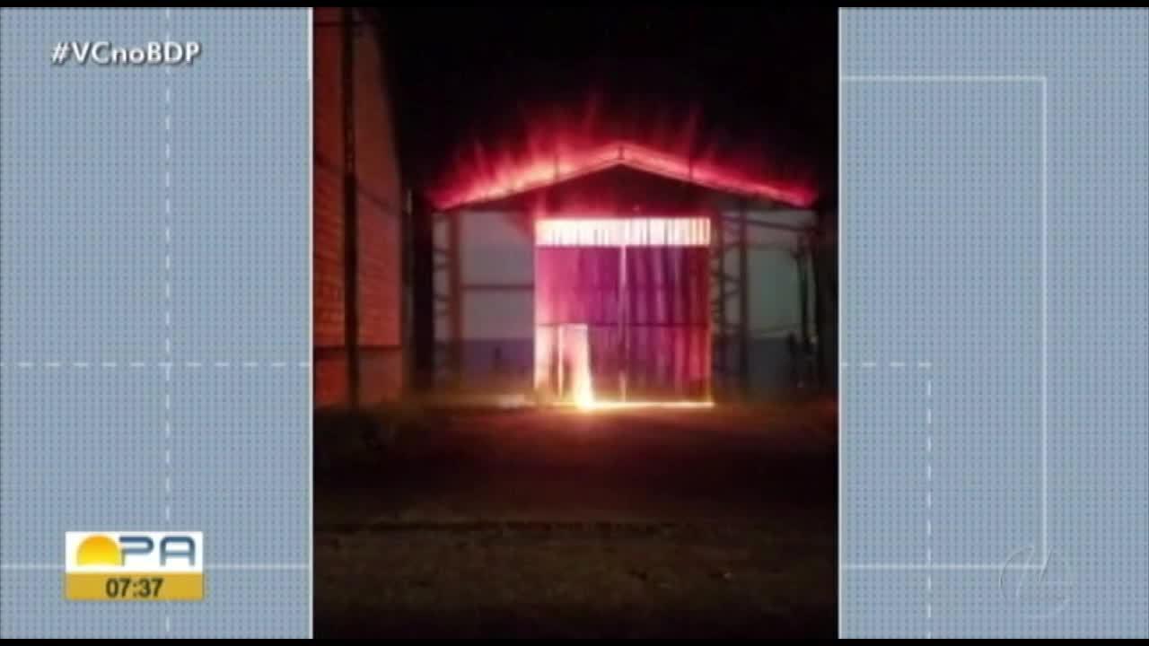 Em Marabá, galpão pega fogo durante o final de semana