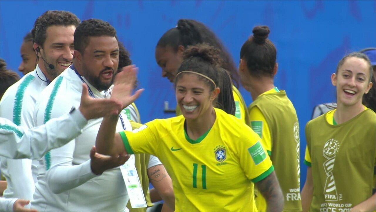 Os gols de Brasil 3 x 0 Jamaica pela Copa do Mundo de futebol feminino