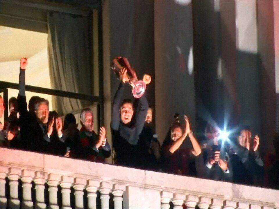 Portugueses comemoram o título da Liga das Nações de futebol