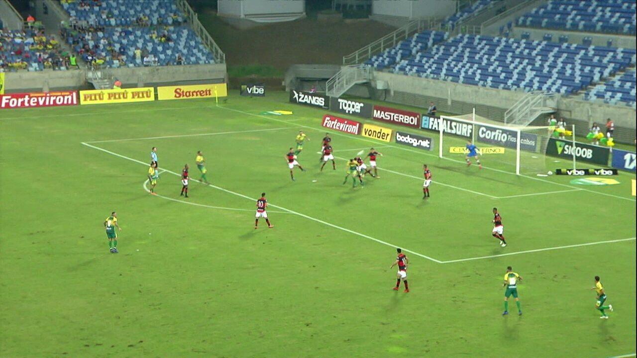 Veja os melhores momentos do jogo entre Atlético-GO e Cuiabá