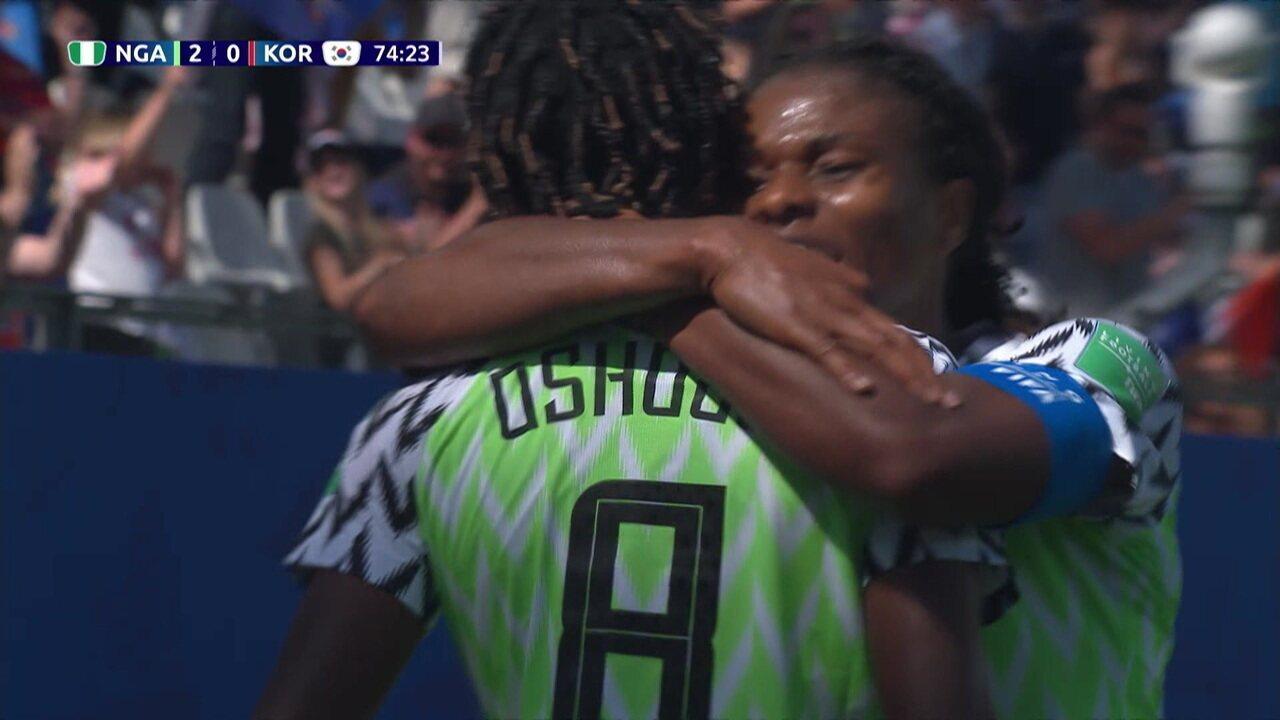 Gol da Nigéria! Oshoala recebe lançamento, dribla a goleira, e amplia, aos 29' do 2º tempo