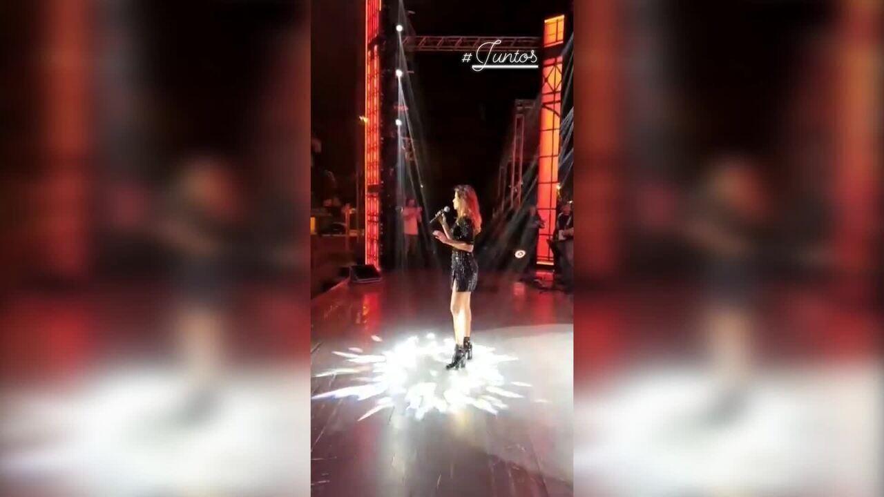 Paula Fernandes canta 'Juntos'