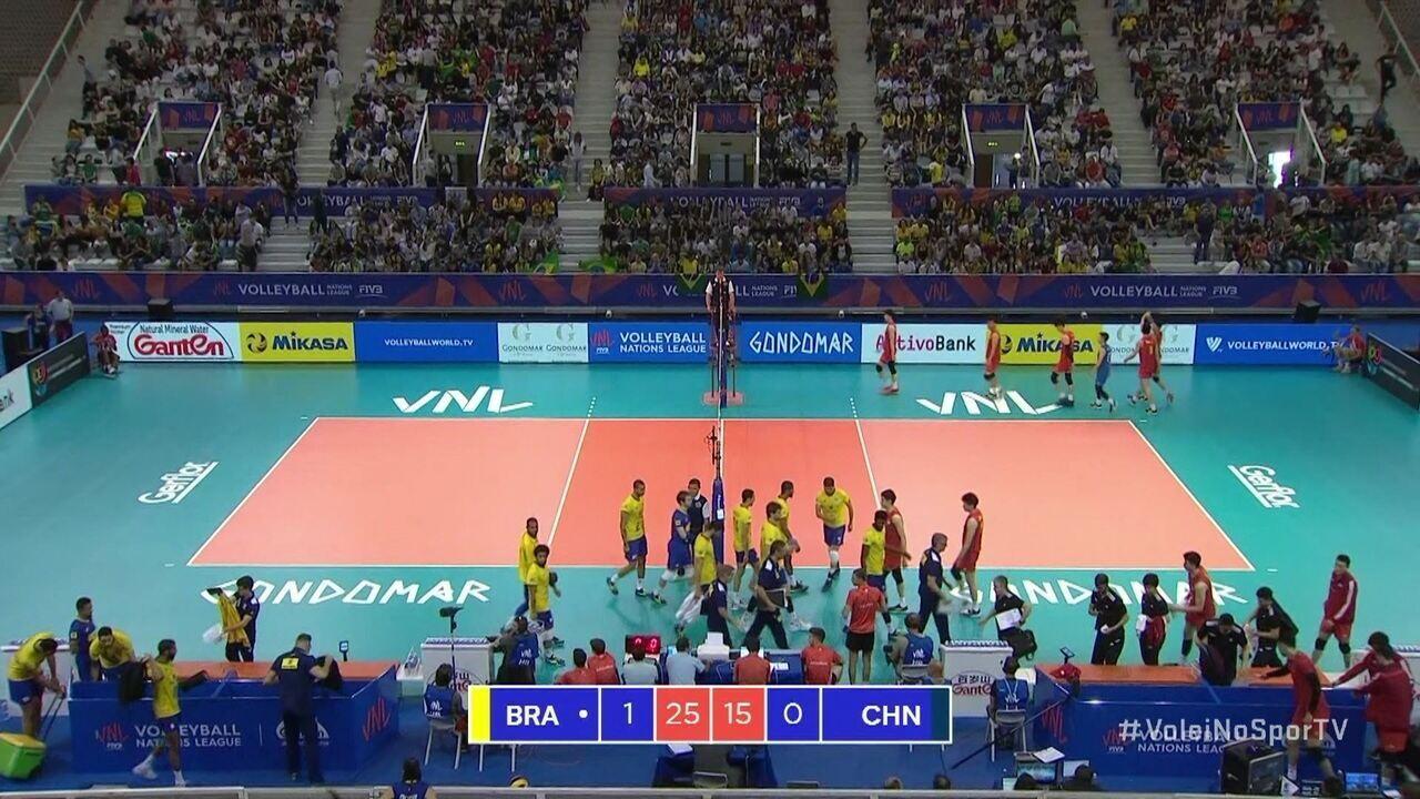 Brasil vence o primeiro set