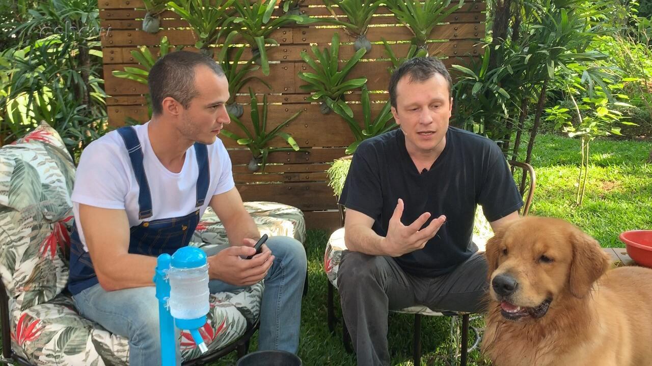 Alexandre Rossi tira dúvidas de internautas sobre cães com dificuldade de beber água