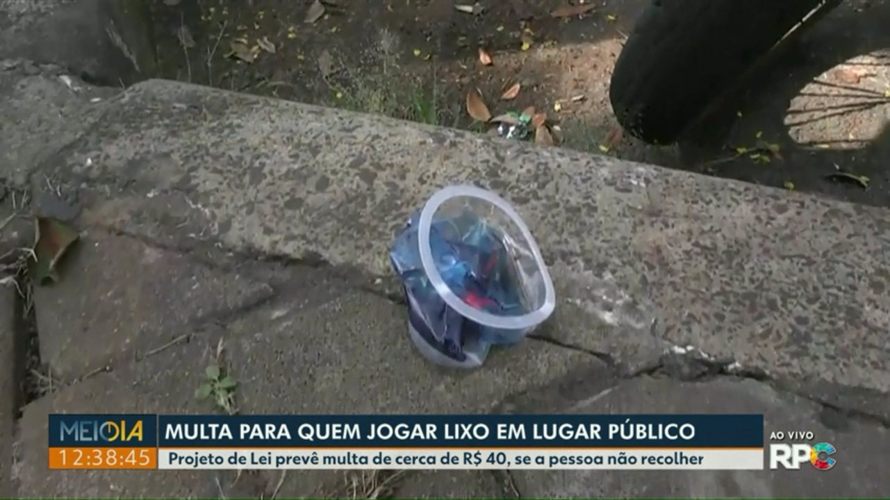 Projeto de Lei prevê multa para quem descartar lixo em lugares públicos