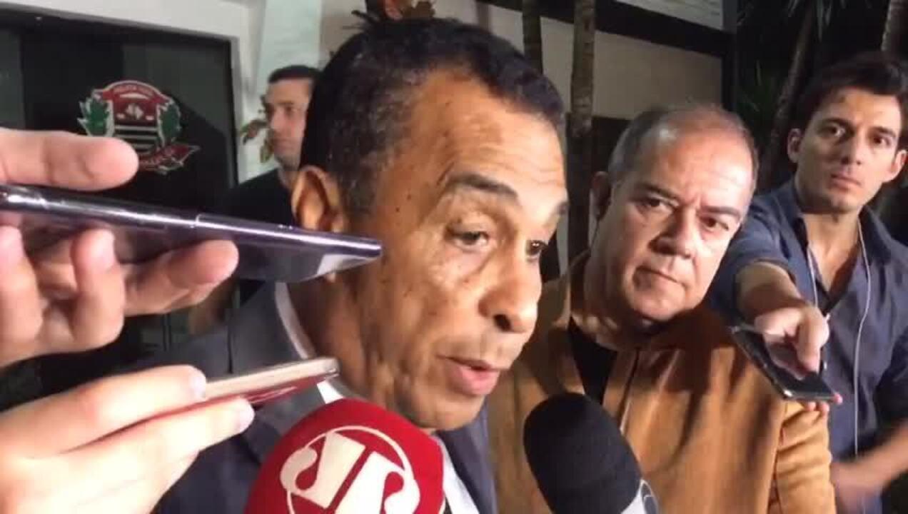 Advogado de Najila diz que pode pedir acareação entre cliente e Neymar
