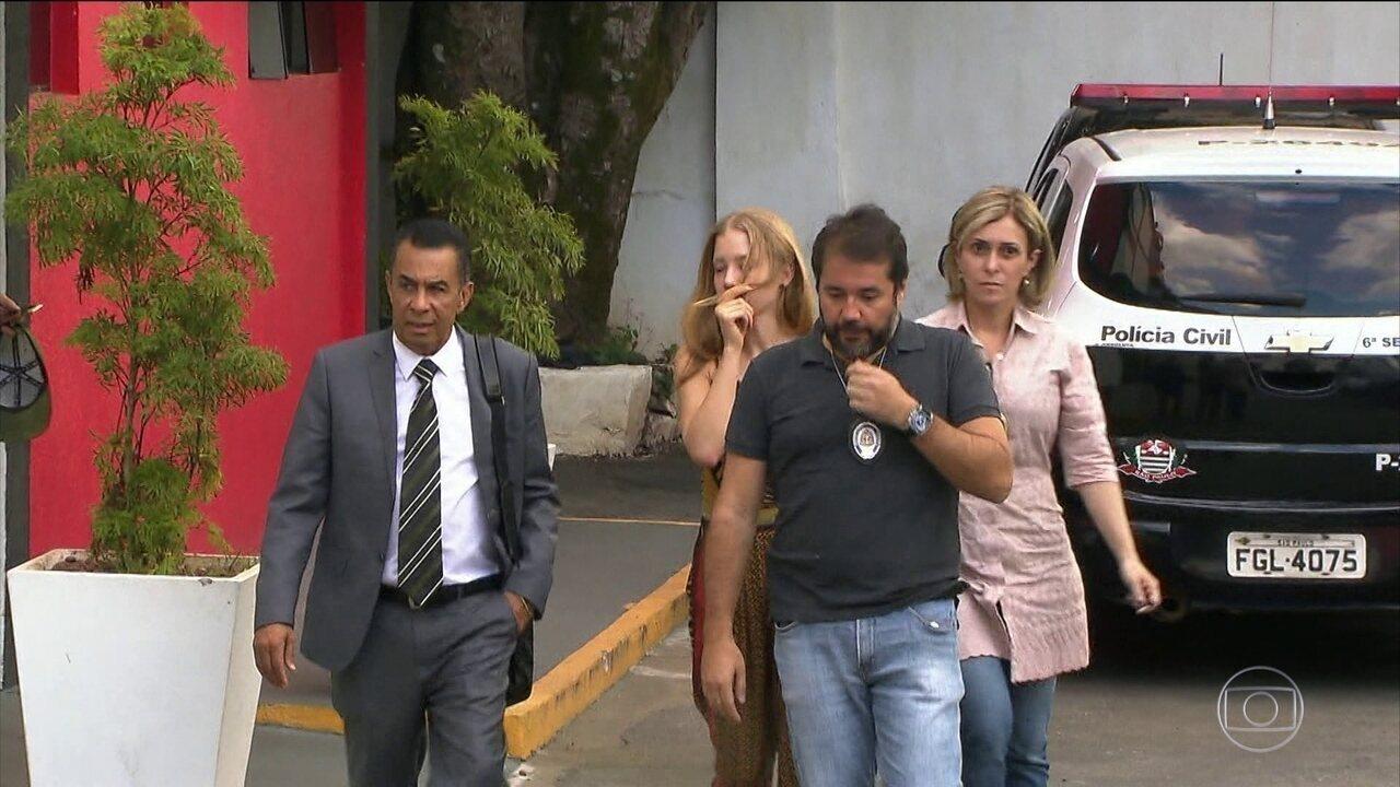 Defesa da mulher que acusa Neymar de estupro quer acareação. Ela não entregou o celular