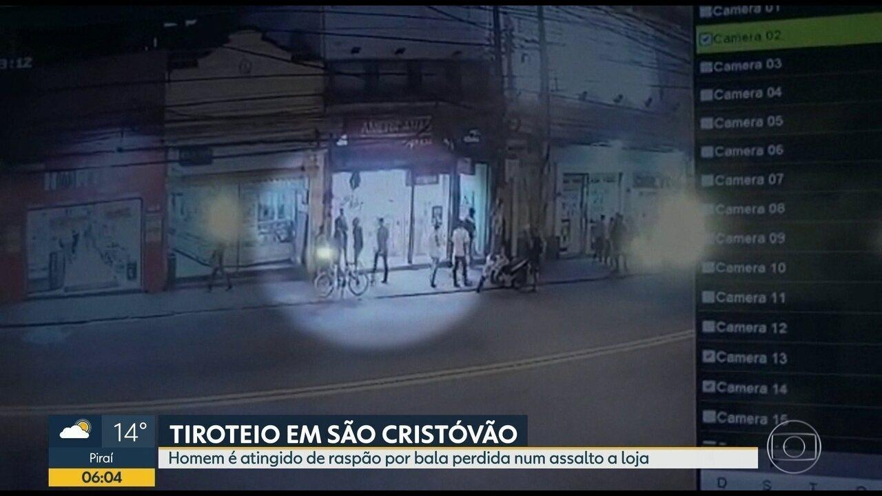 Homem é baleado durante assalto em São Cristóvão