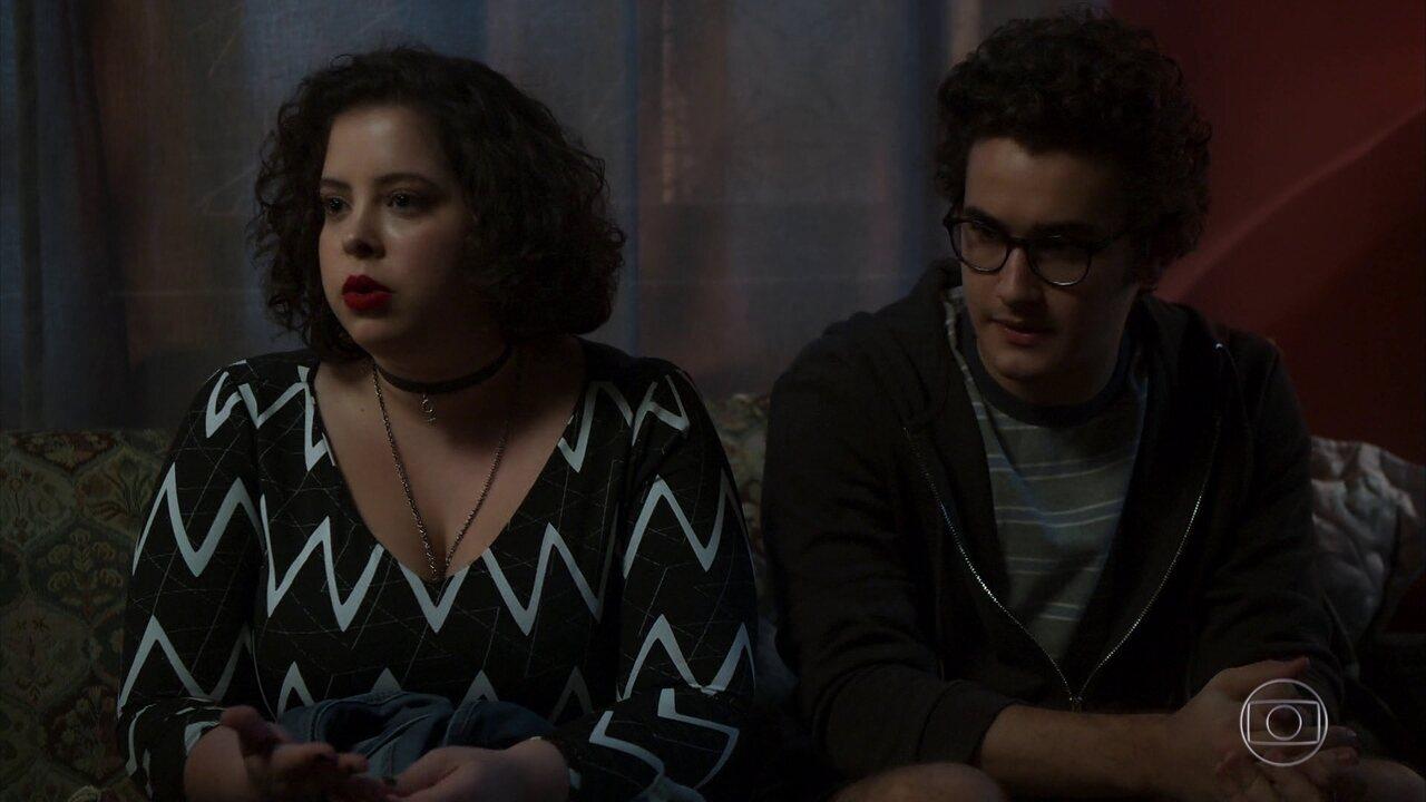 Cibele, Benjamin e Bruno contam a Laila o que descobriram sobre Paul