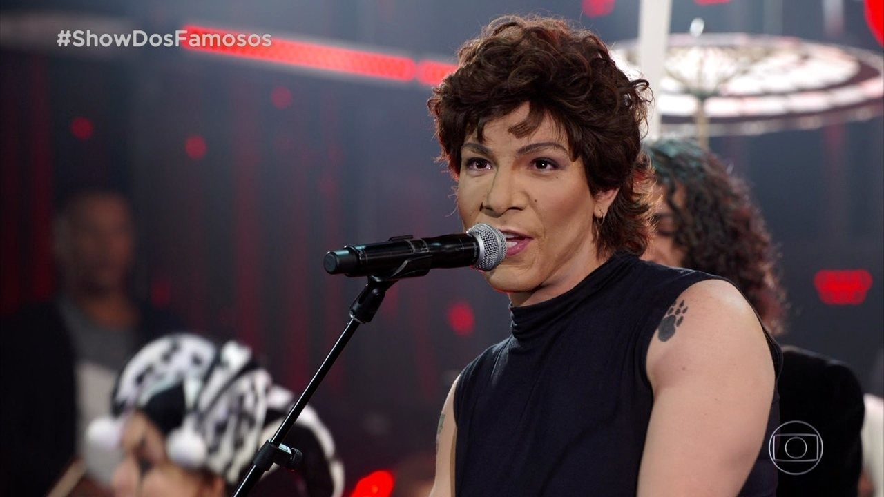 Di Ferrero canta 'Malandragem' em homenagem a Cássia Eller