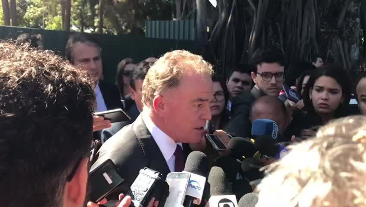 Renato Casagrande disse que decisão sobre estados e municípios cabe a líderes partidários