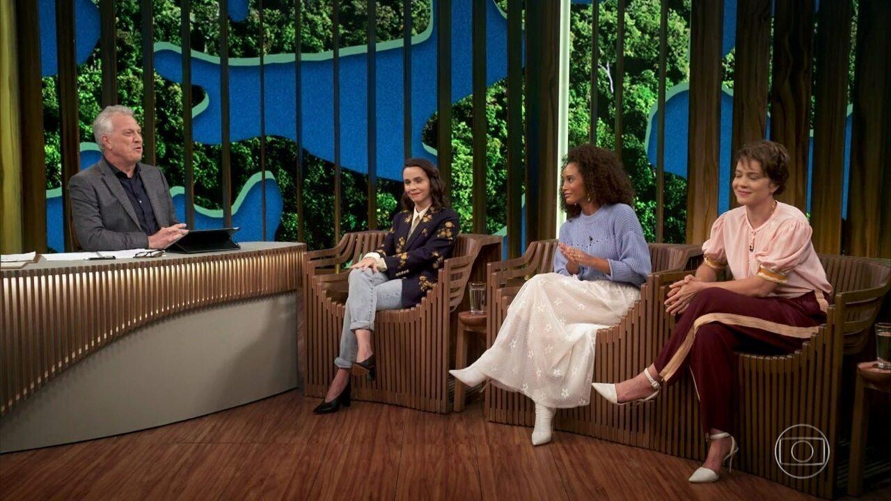 Débora, Leandra e Taís se emocionam com apresentação da série