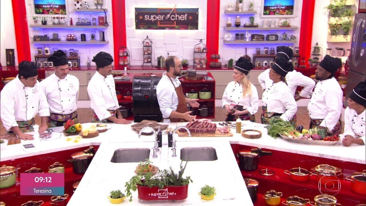 No workshop de alimentos na brasa, o chef Marcos revelou os segredos do contra-filé