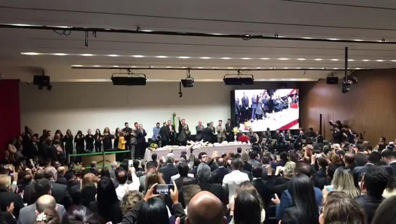 Bolsonaro vai à Câmara participar de culto evangélico