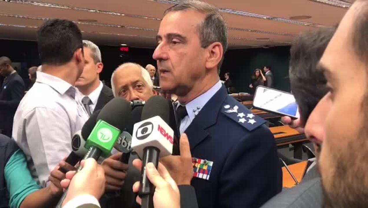 Tenente-brigadeiro Carlos Augusto Oliveira fala sobre caso de militar preso com drogas