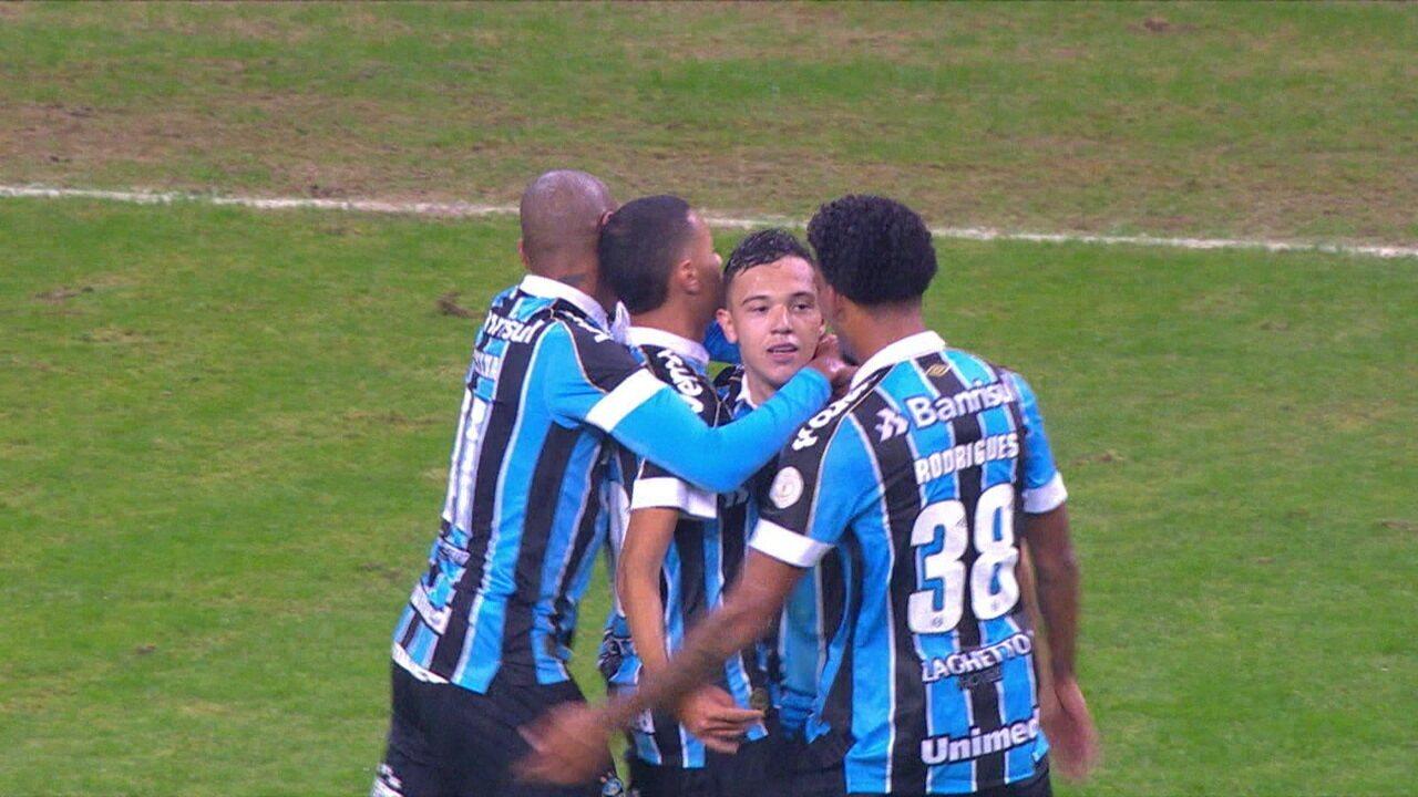 Pepê marca de cabeça e garante vitória contra o Vasco